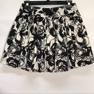Twenty One Pleated Skirt Womens Size Medium